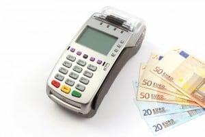 πληρωμή με πιστωτική κάρτα ή μετρητά